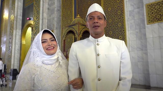 Bejo Sugiantoro dan istri